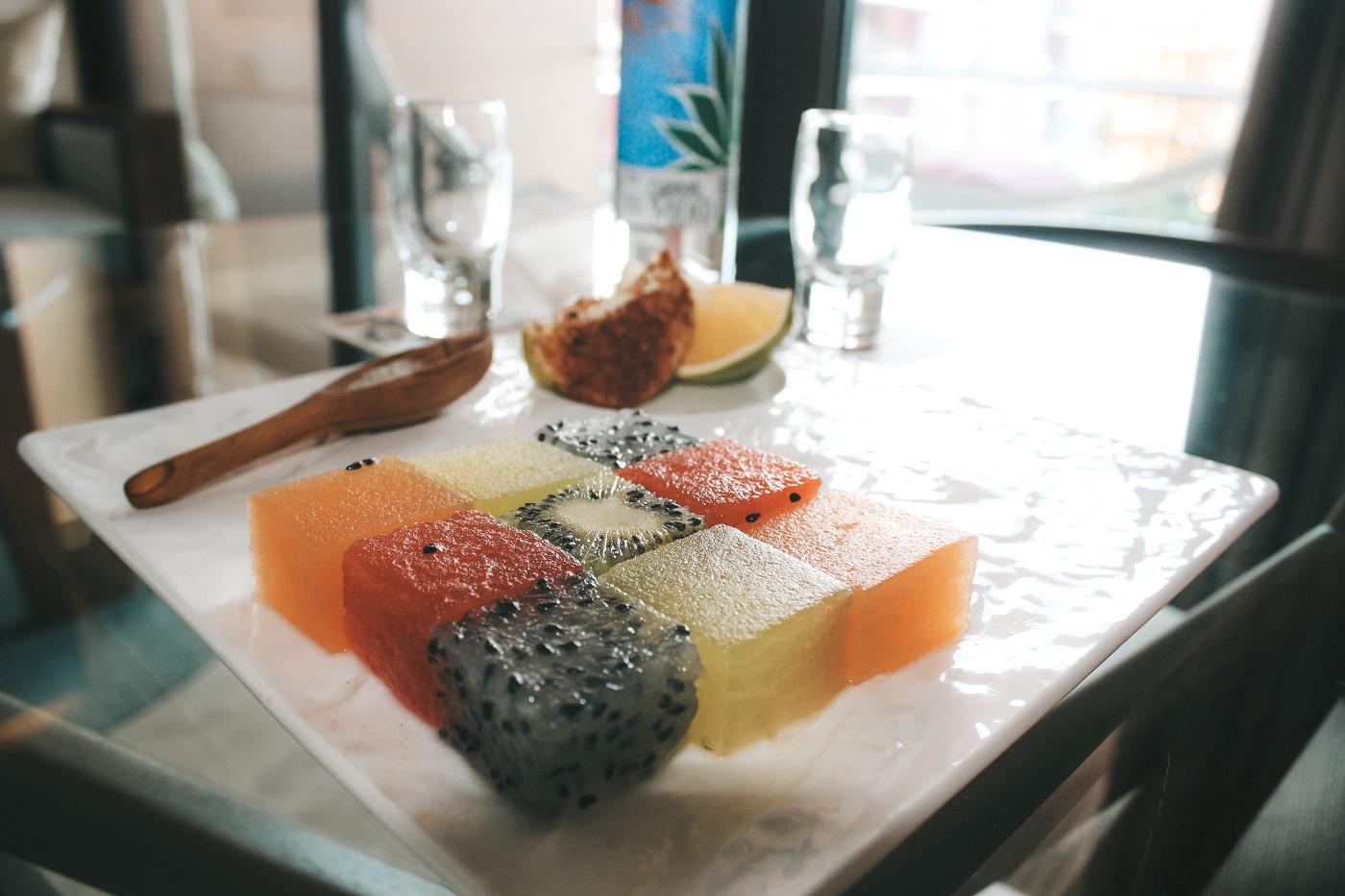 Frutas na suíte do hotel (Foto: Tati Sisti)