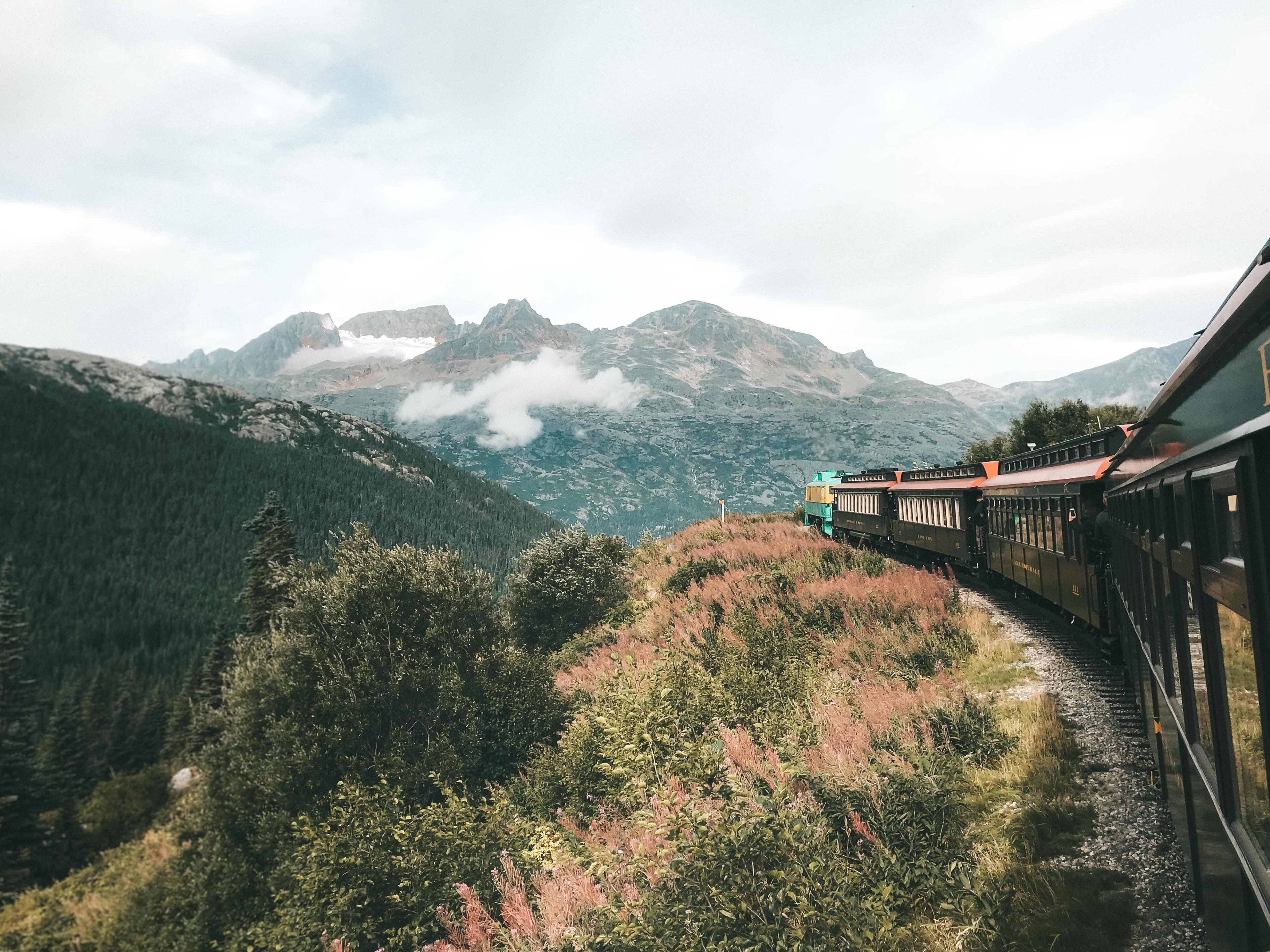 Trem em Skagway (Foto: Trip to Follow)