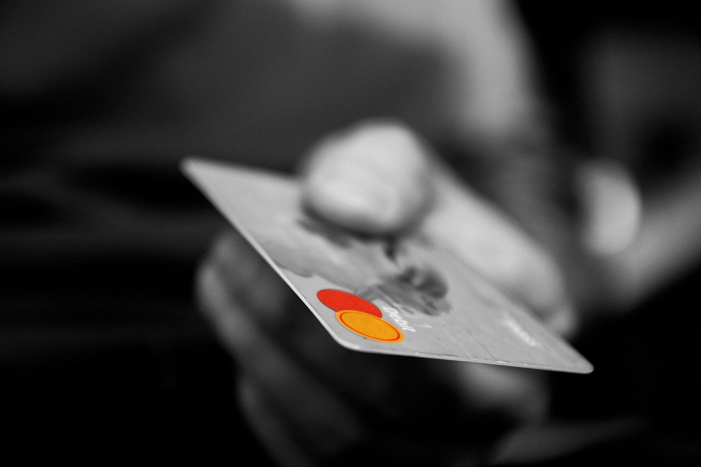 Cartão de crédito (Foto: PxHere)