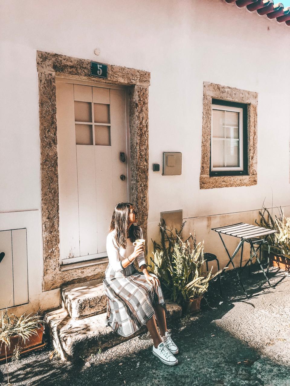 Entrada da nossa casa do Airbnb em Lisboa (Foto: Trip To Follow)