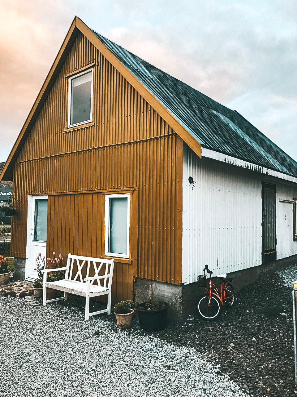 Nossa casa do Airbnb em Faroe Islands (Foto: Trip To Follow)