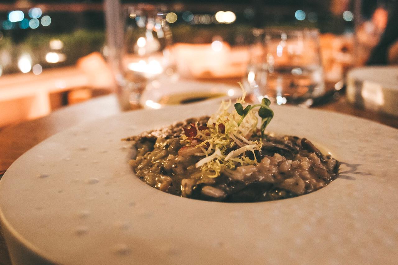 Risoto de funghi foi um dos pratos que escolhemos para o jantar no SUD Lisboa (Foto: Trip To Follow)