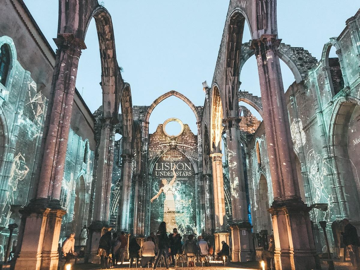 Ruínas do Convento do Carmo, em Lisboa (Foto: Trip To Follow)