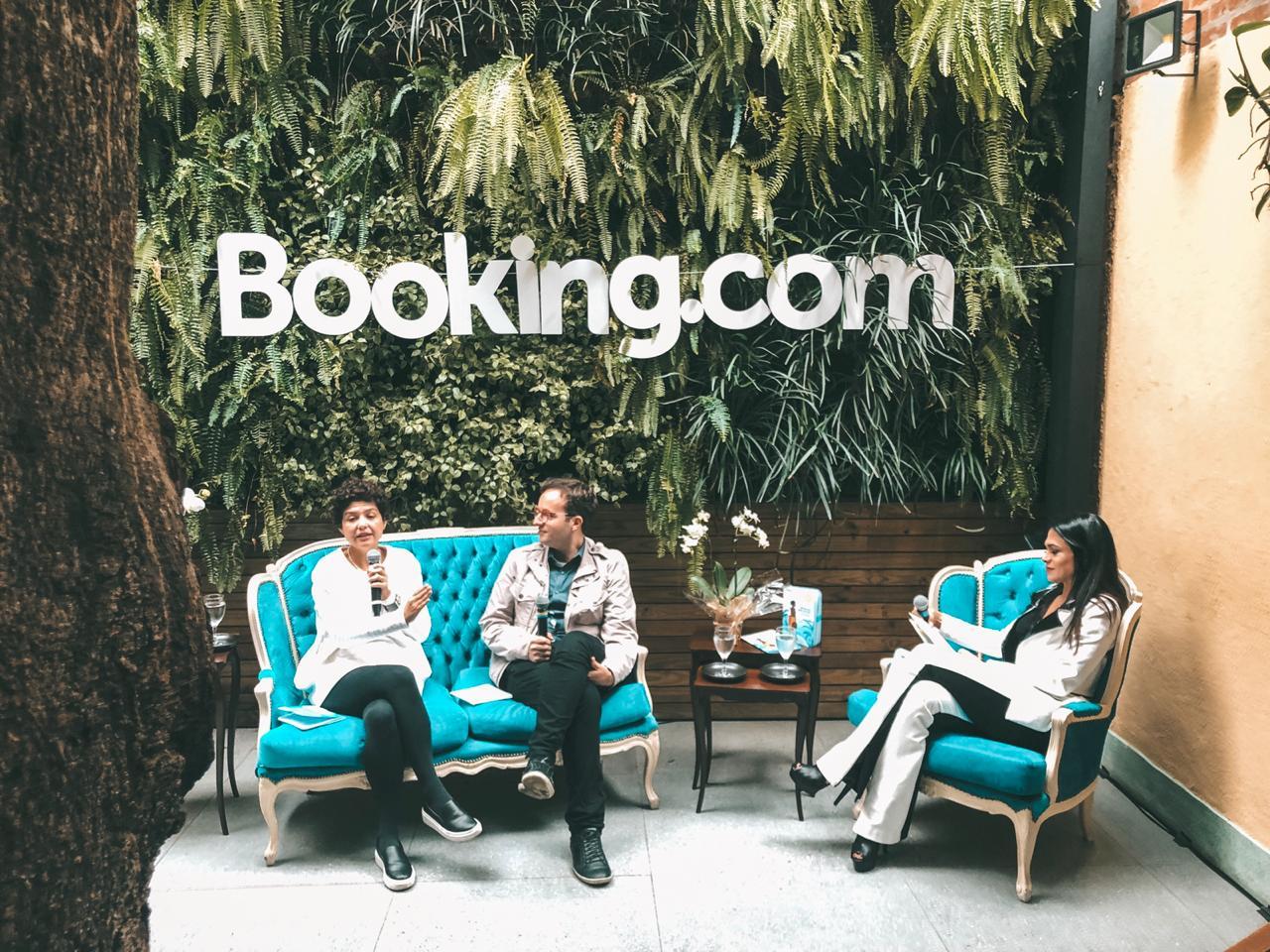 """Booking.com lança guia """"Mulheres Pelo Mundo"""""""