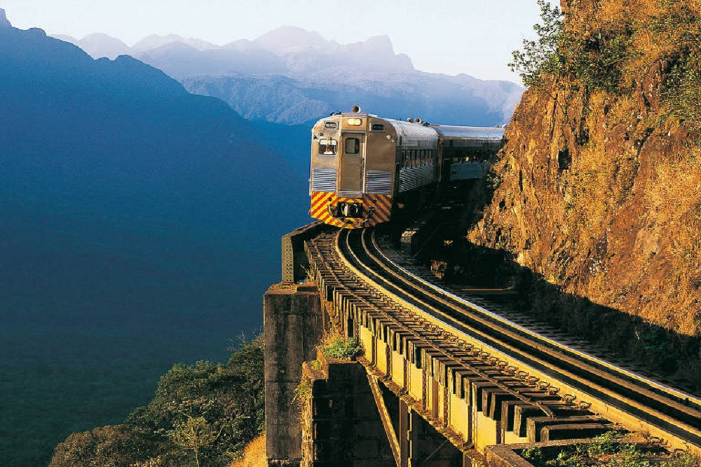 Trem de Curitiba para Morretes (Foto: Divulgação)
