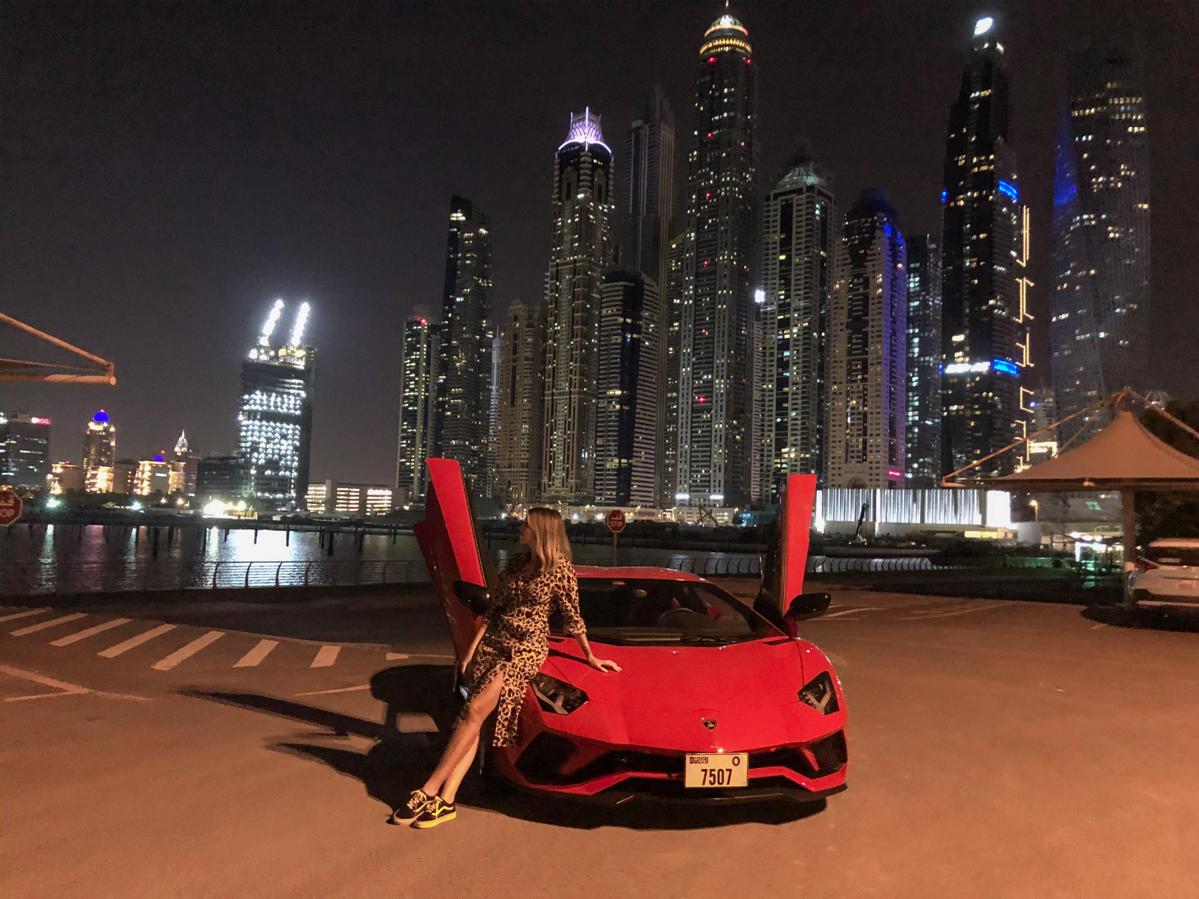 Lamborghini alugada em Dubai (Foto: Trip To Follow)