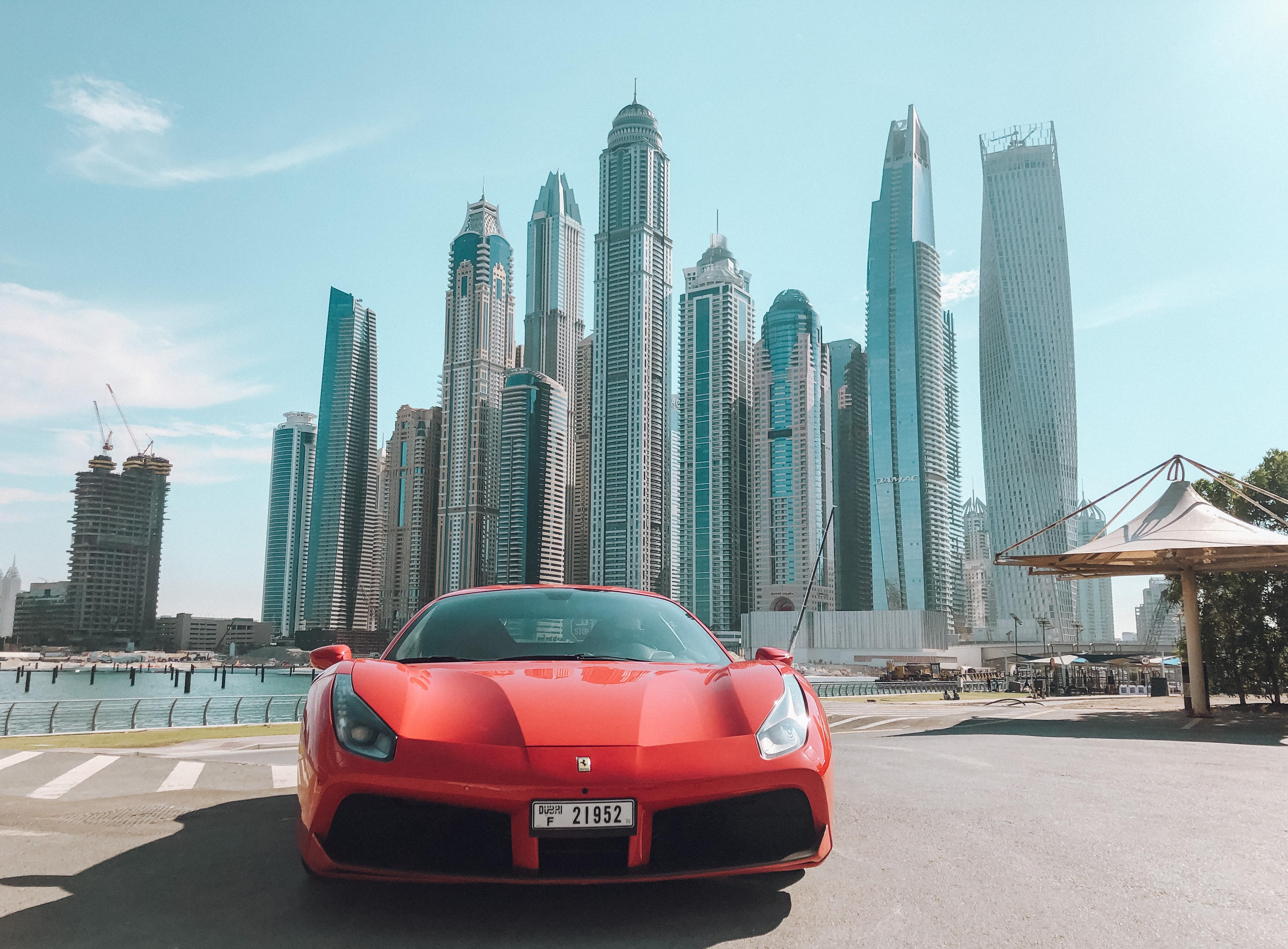 Ferrari que alugamos em Dubai (Foto: Trip To Follow)