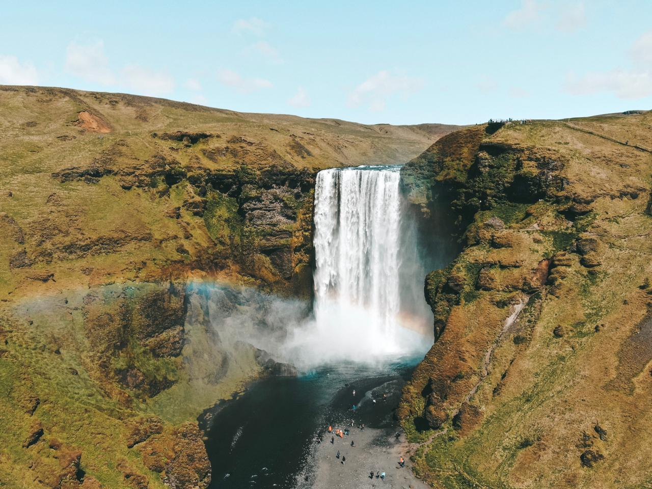 Cachoeira Skófafoss, na Islândia (Foto: Trip To Follow)