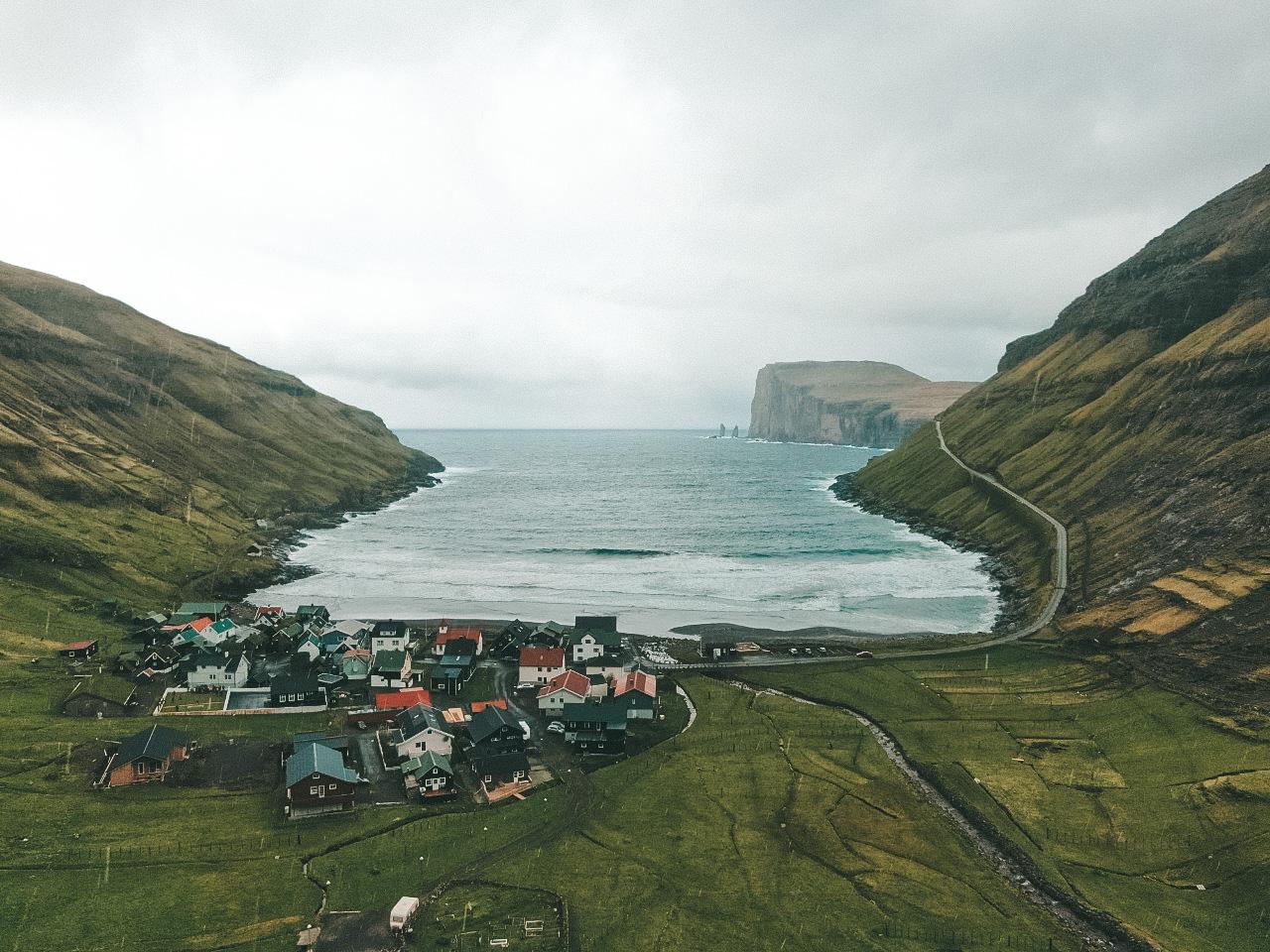 Tjørnuvík é a vila mais ao norte de Streymoy (Foto: Trip To Follow)