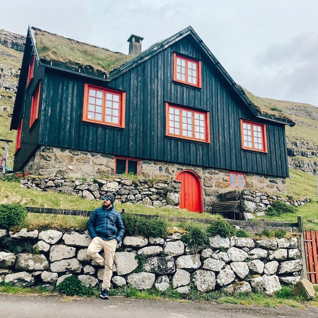 Kirkjubøur, a vila mais ao sul de Streymoy (Foto: Trip To Follow)