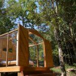 Cabana de vidro na floresta - Alfredo Wagner, Santa Catarina (Foto: Reprodução Airbnb)